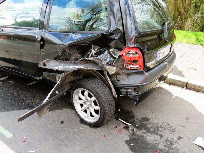 Miałem wypadek i co dalej? Uszkodzony samochód