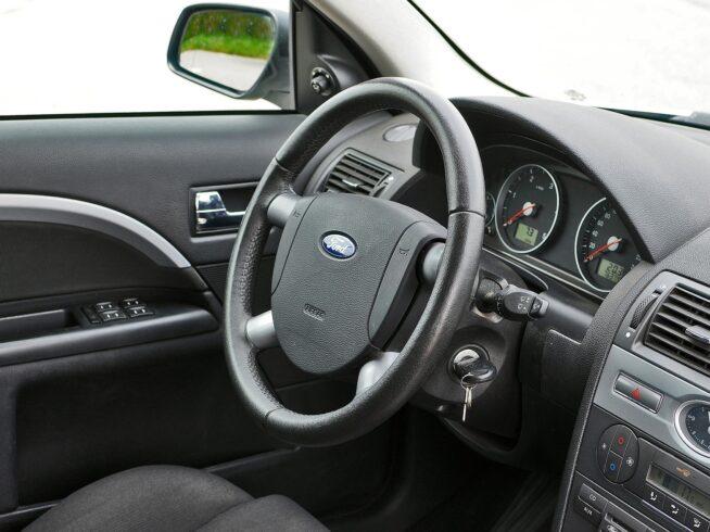 kierownica_technika_jazdy